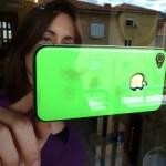 Uguard: Hülle klebt iPhone an Glasscheiben