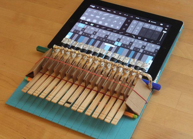 iPad-Klavier aus Wäscheklammern